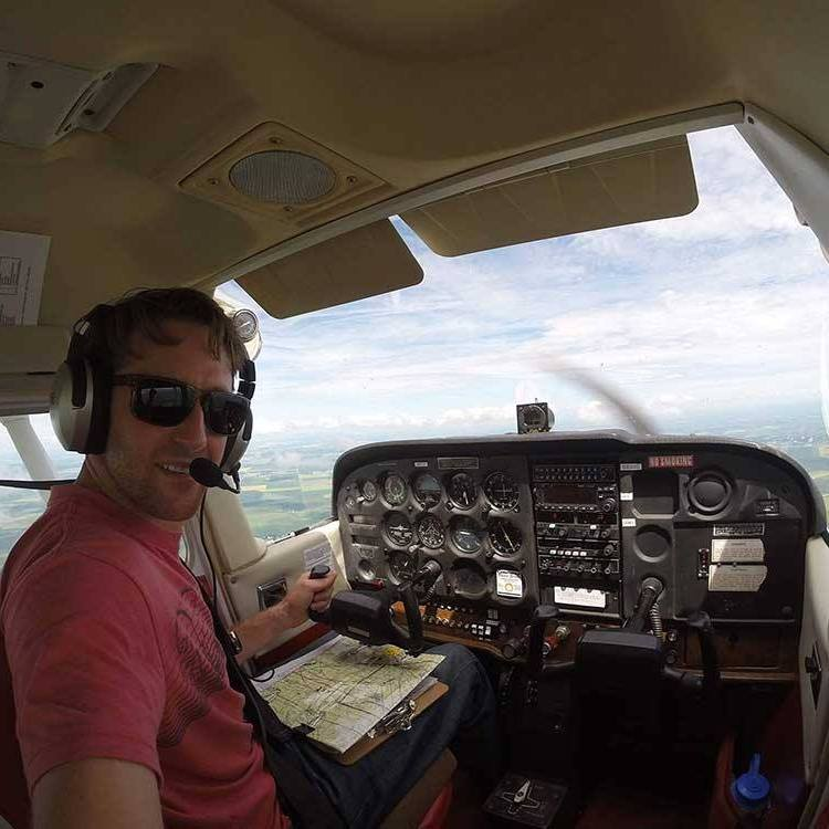 Skydive Pilot Toronto Ontario